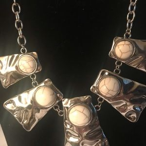 NWT Paparazzi Necklace & Earrings